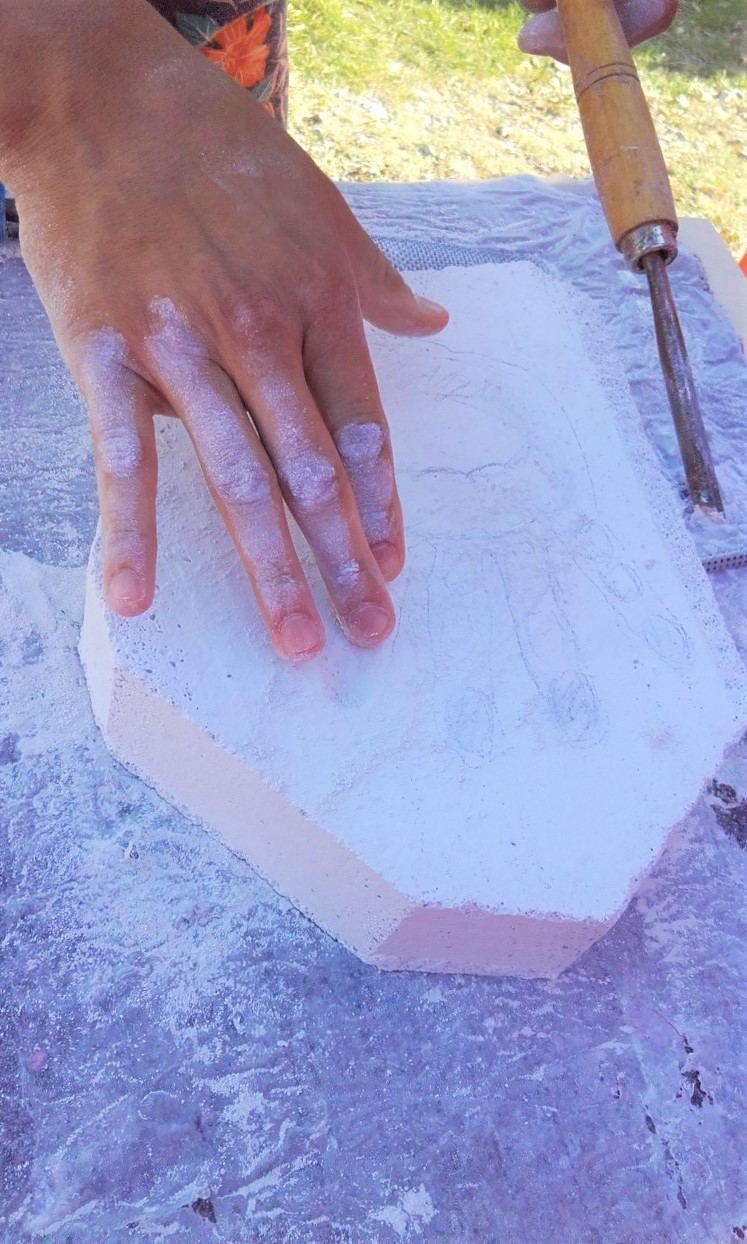 Creating a hand out of chalkstone